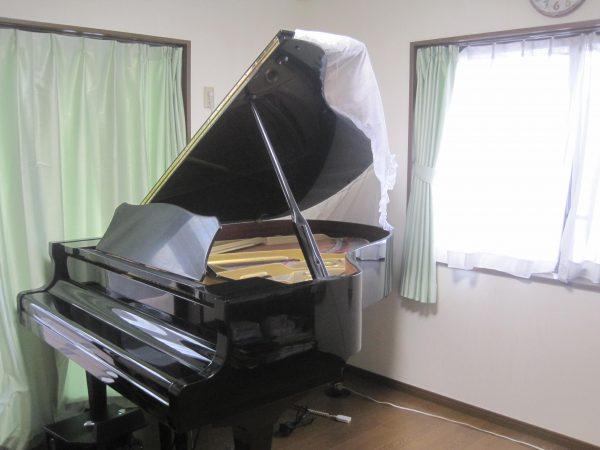 初代グランドピアノヤマハC3A