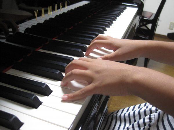 いい手の形 ピアノ